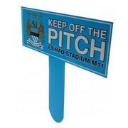 manchester-city-skylt-keep-off-the-pitch-1