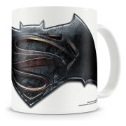 batman-vs-superman-mugg-logo-1