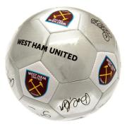 west-ham-united-fotboll-signature-1